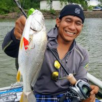 Muaz and his Gelama! A rare sighting that it went for a big minnow lure :)